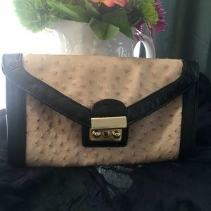 Aldo hand tan and black leather hand purse